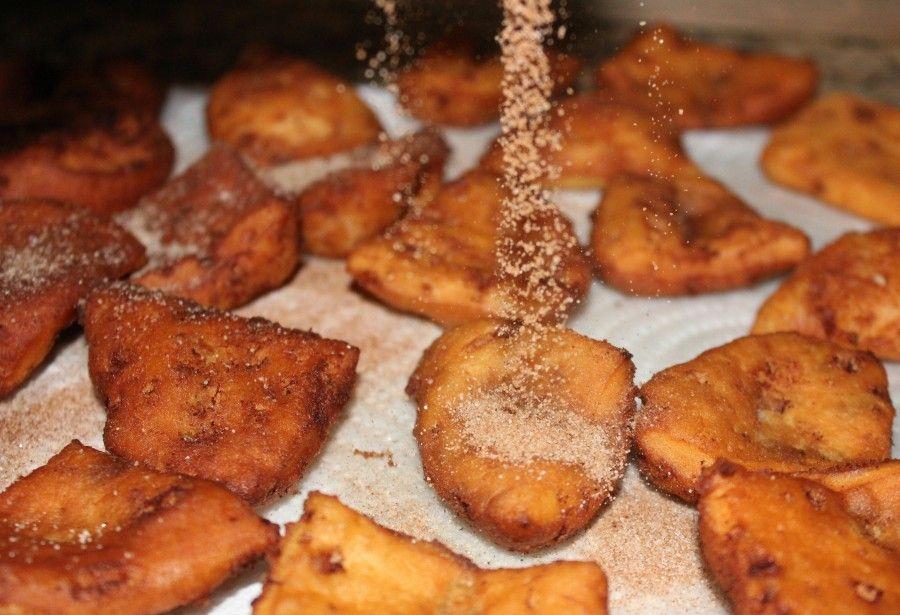 ~Cinnamon Roll Chips & Dip! | Oh Bite It