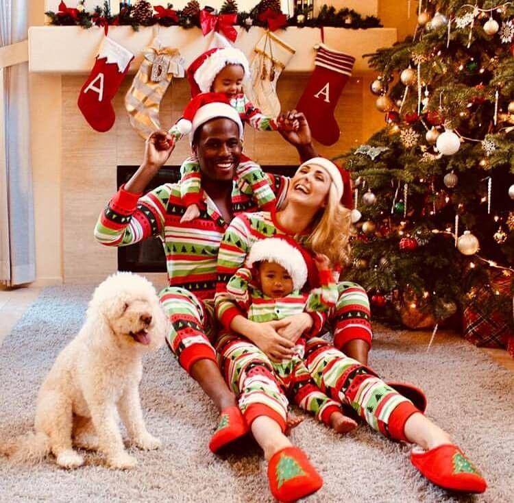 Wie man Familien-Weihnachtsfoto festnagelt - lustige ...