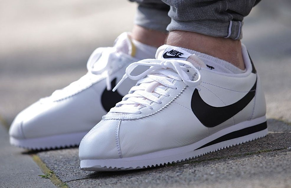 hot sale online 476e4 765a7 Nike Classic Cortez Premium Leather  White Black