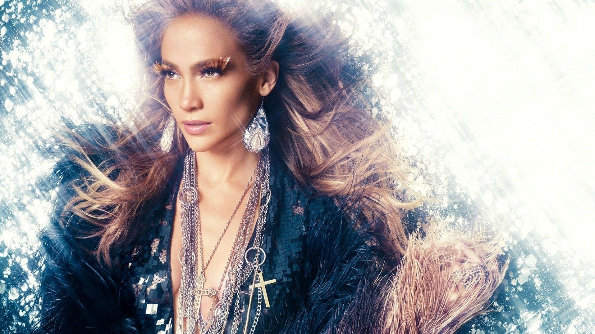 Jennifer Lopez Carried Away Screamed And Danced For U0027American Idolu0027  Contestant   Http://www.movienewsguide.com/jennifer Lopez  Carried Away Screamedu2026