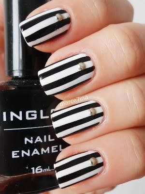 Black and white stripe nails