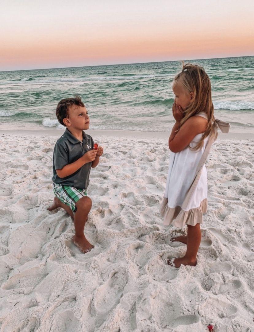 Best Couple Photos On Beach