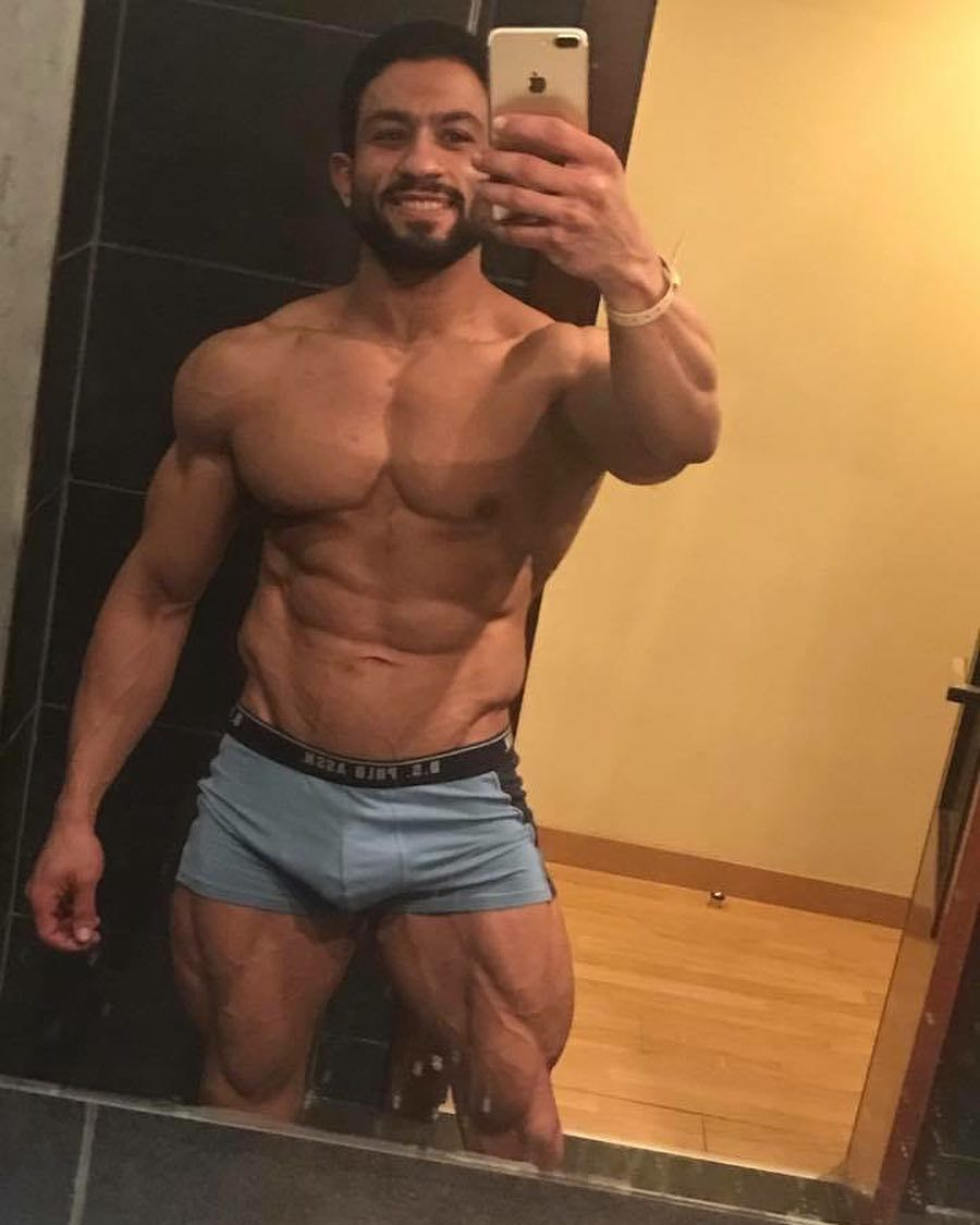3 898 Mentions J Aime 50 Commentaires Salah Seleem Seleem Salah Sur Instagram كام واحد هنا نفسه يعمل Career حلو في ال Fitness Industry و نفسه