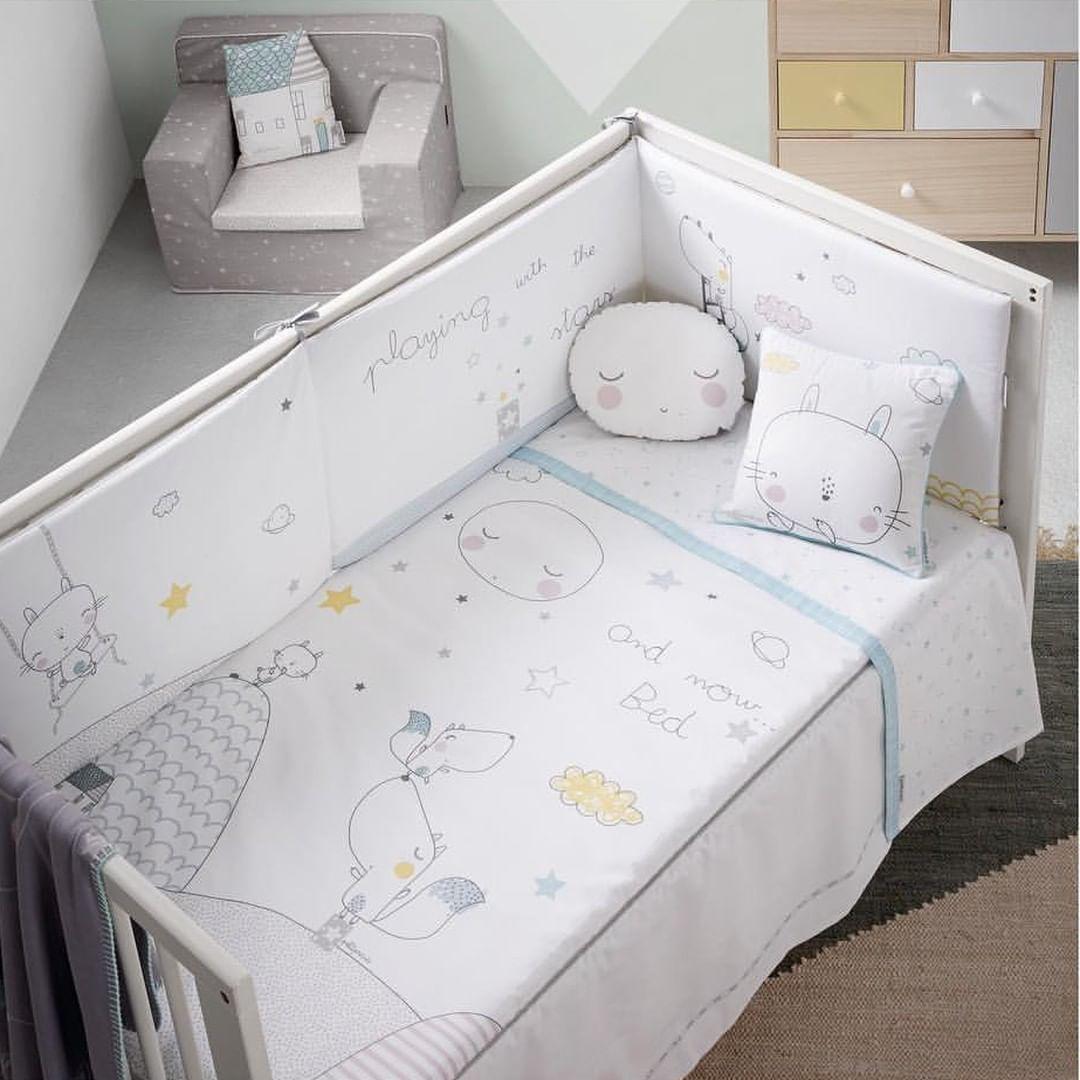 🍁 Prepare o quarto do seu pequenino para a chegada do Outono com Petit Praia.  🌝 Os desenhos e a qualidade dos seus produtos vão torná-lo perfeito.  Não achas? #bebitus_pt #instababy #happy #sunday #baby #instamom #instadad #babystuff #motherhood #babiesofinstagram #bebituslovers #amor #maternidade #gravidez #petitpraia #textil #roupasbebe #modabebe  📷 | @petitpraia