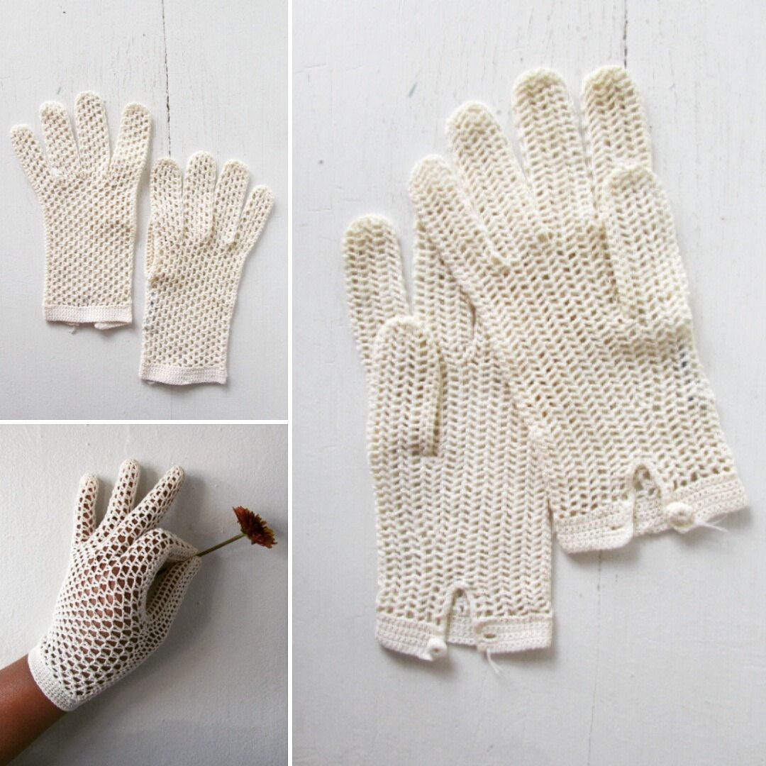 1950s crocheted gloves   vintage 50s gloves   white dress gloves   vintage dress gloves   small - medium   Tessa's Garden Party Gloves by VivianVintage8 on Etsy