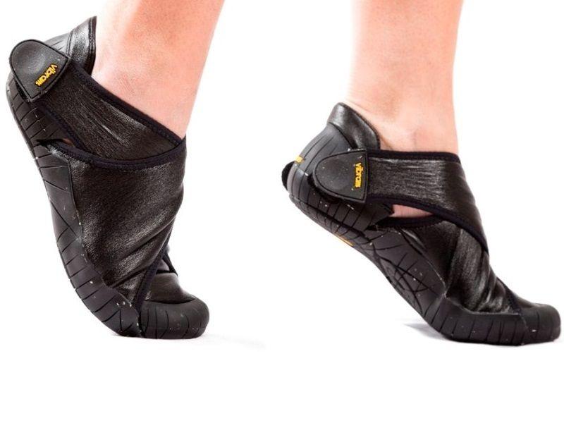 Furoshiki - Shearling Shoes - Black Furoshiki Shearling è la nuova scarpa  Vibram con suola XS