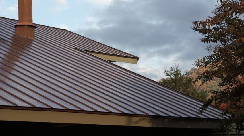 The Pros And Cons Of The Most Popular Roof Types In 2020 Metal Roofing Materials Metal Roof Residential Metal Roofing