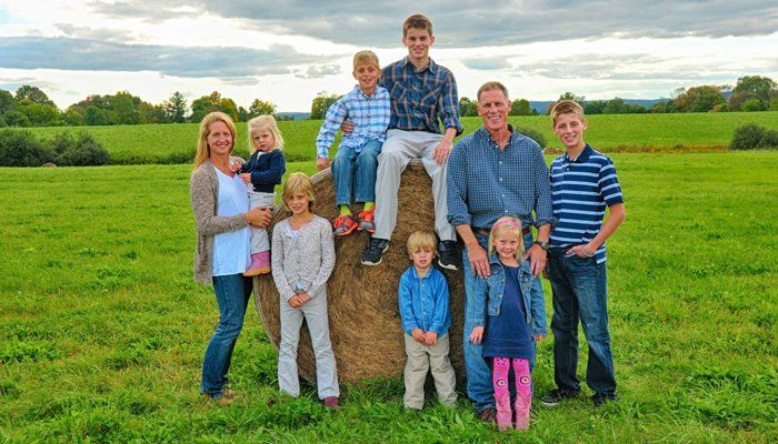 What It's Really Like Raising A Large Family   Big family ...