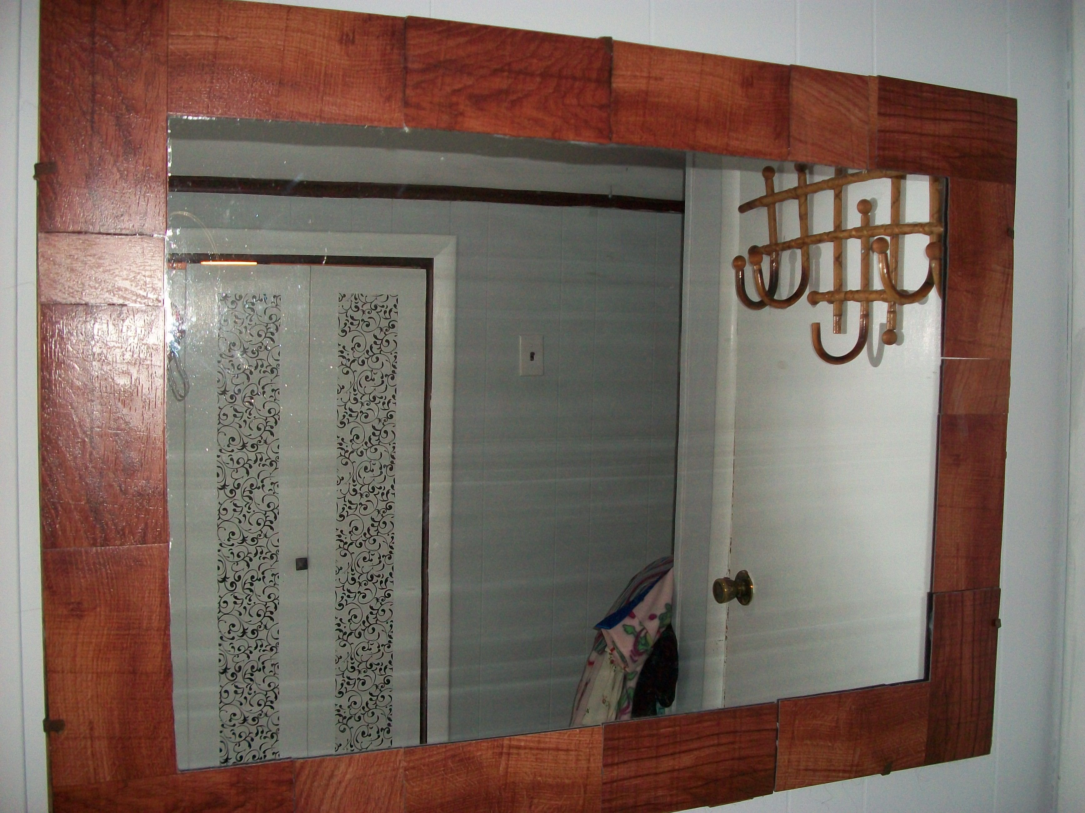 I Added New Life To My Old Mirror By Creating A New Wood