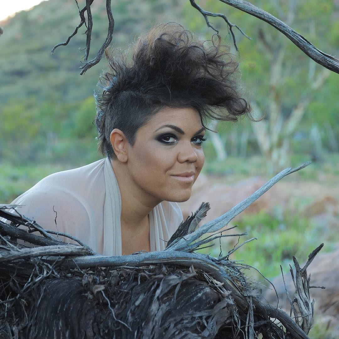 2011 NAIDOC Artist of the Year Jacinta Price is featuring at #ournff this year performing her debut album #dryriver! Photo by Hannah Millerick #justbethere #jacintaprice #indigenous #5daysinaperfectworld #folkmusic #visitcanberra #folktravel #blues #firstaustralians by nff_official https://www.instagram.com/p/BB12XJDtfWi/ #jonnyexistence #music
