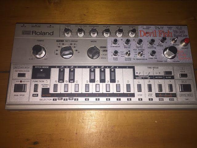 MATRIXSYNTH: Roland TB-303 Devilfish