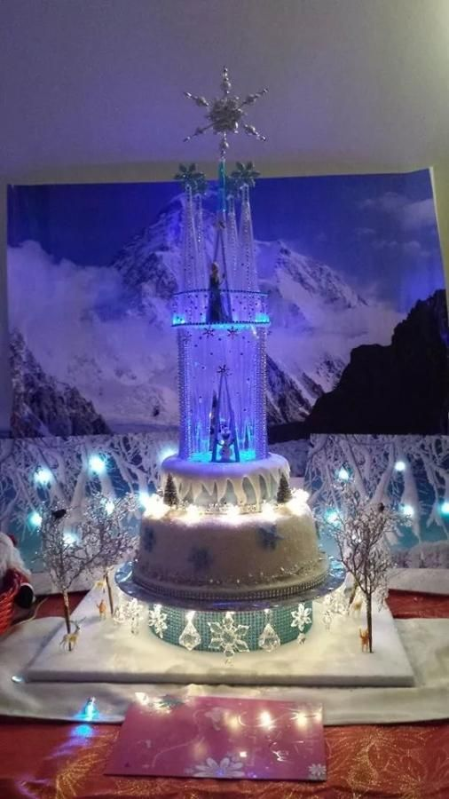 Frozen With Ice Castle Cake By Ma Woods Kids Birthday Cake
