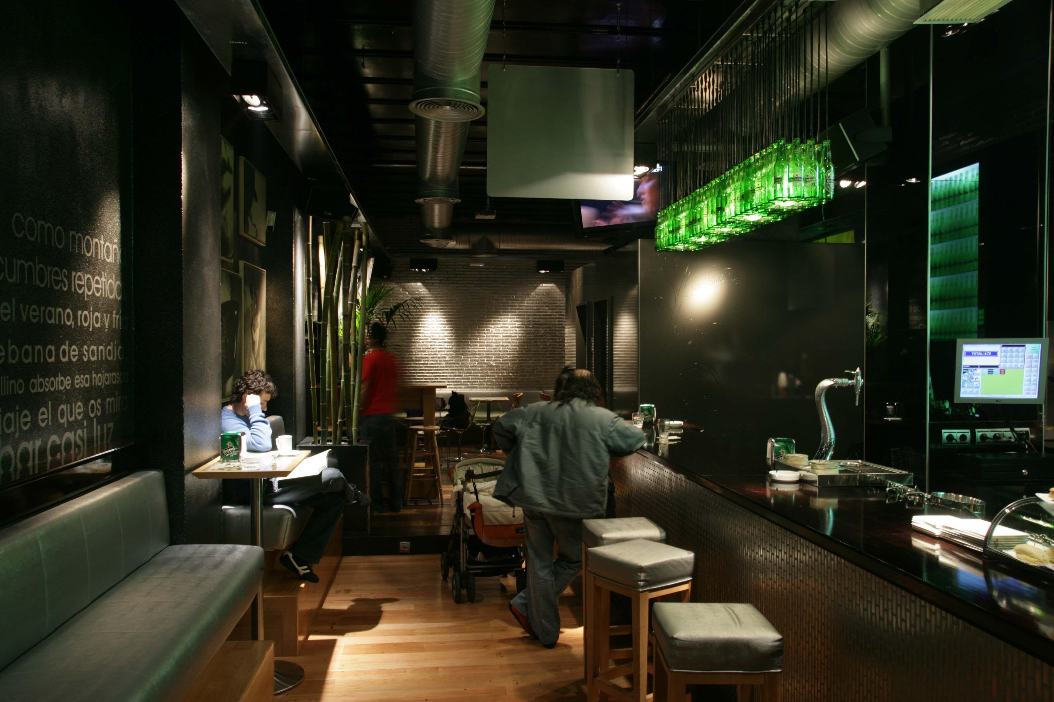 Proyecto Iluminación Bar Heineken Urban Concept En Burgos Iluminacion Taraluxiluminacion Diseño De Discoteca Terraza Restaurant Iluminación