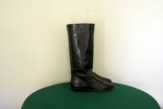 Check out this item in my Etsy shop https://www.etsy.com/listing/500920478/9west-boots-vintage-boots-women-boots-sz