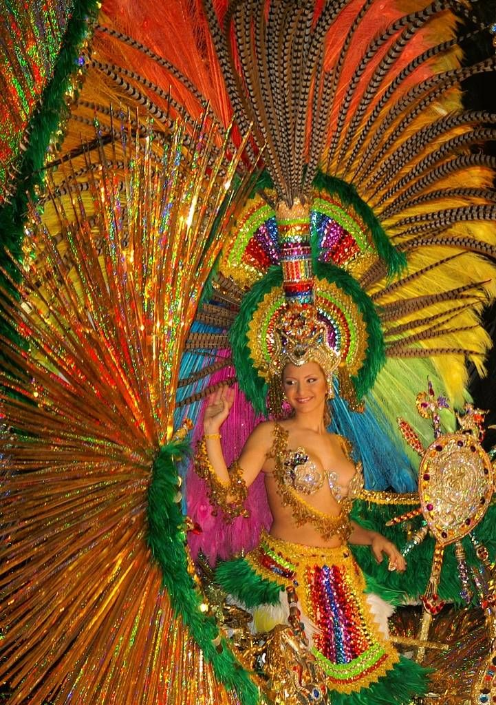 carnival in spain Spain: carnival (carnaval) in spain john heelan says: i have been particularly interested in the role of carnaval in andalucia over the last few years [for good reading on this topic i recommend the book carnival & culture- sex, symbol & status in spain by david d gilmore published by yale university press, 1998.