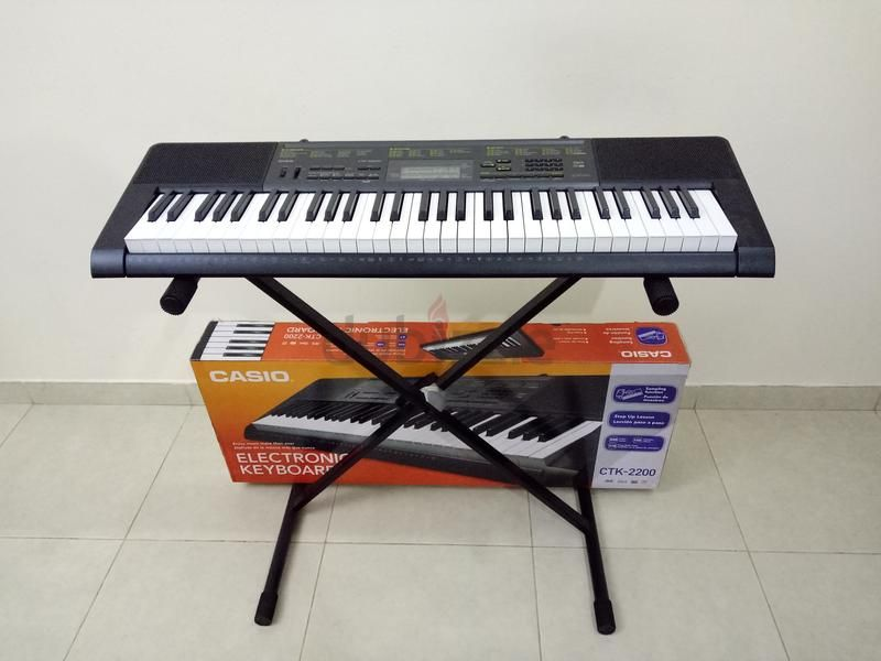dubizzle Dubai | Organs: Casio Electric Keyboard with Stand  (Sold
