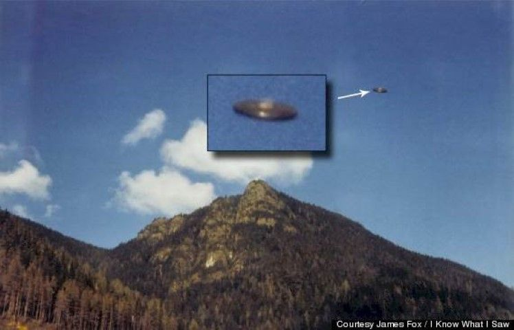 10 Astounding UFO Photos You Have To See To Believe!