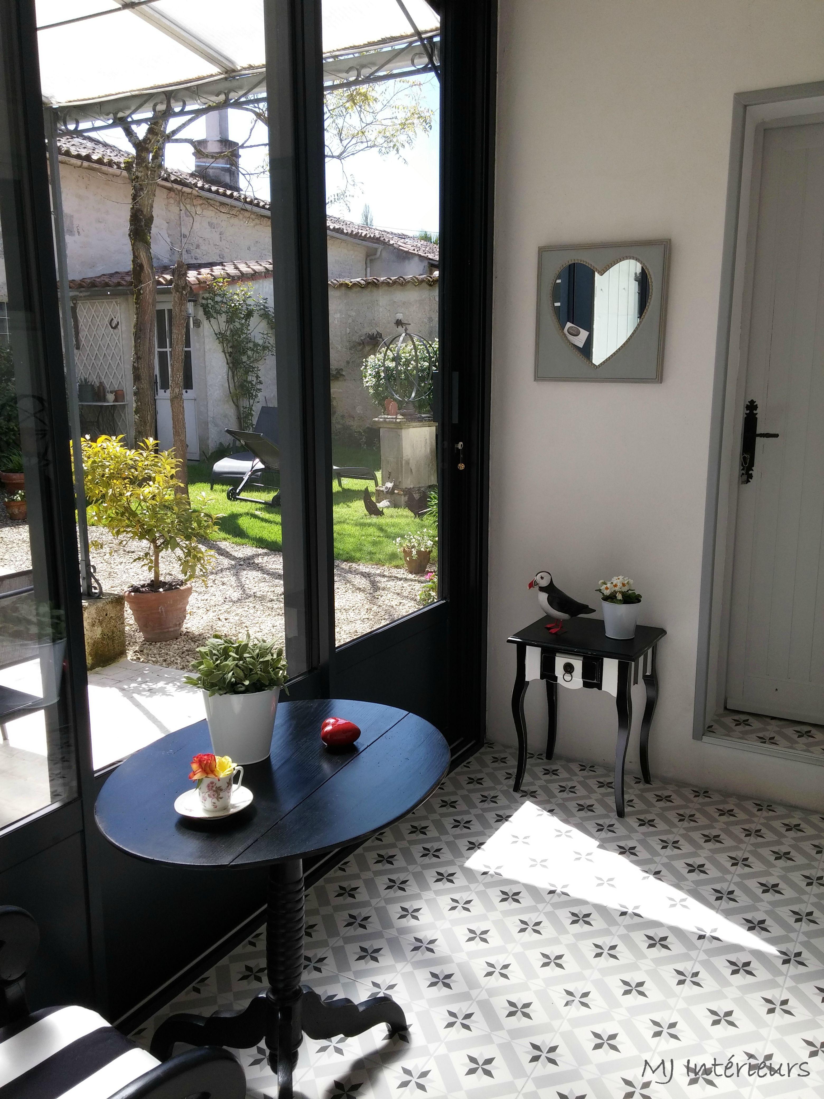 Mini Veranda Le Resultat Apres Travaux Deco Maison Decoration Interieure Decoration Veranda