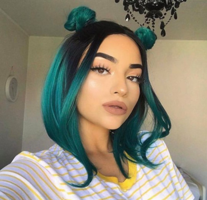8 Photos That Prove Emerald Hair Is Bold Yet Wearable Green Hair Teal Ombre Hair Hair Styles