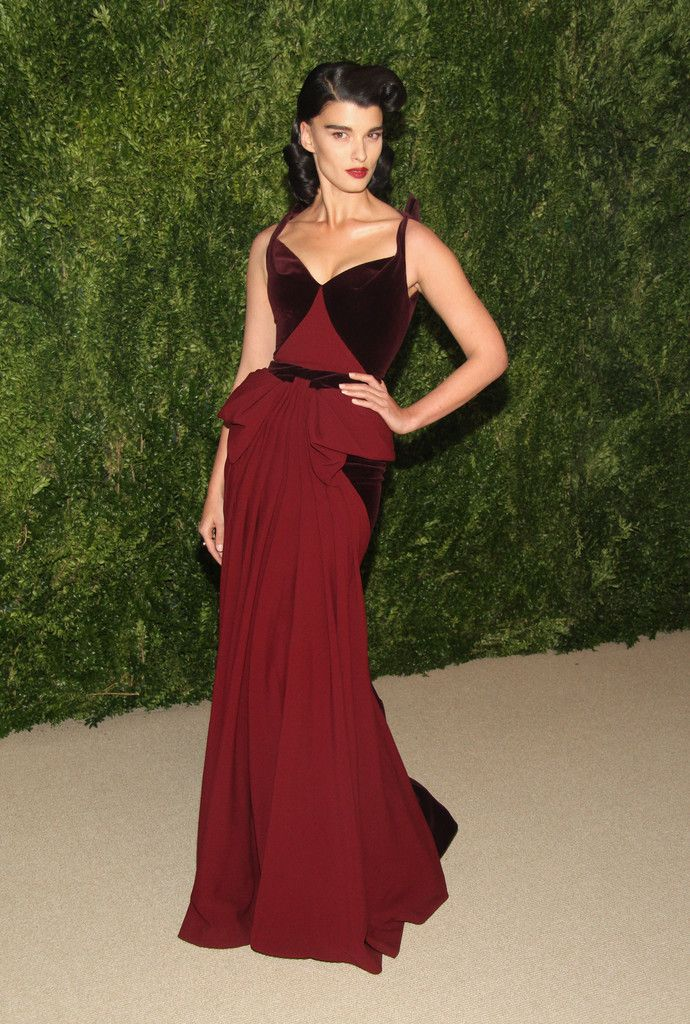 Crystal Renn's Unstoppable Red Carpet Style | stylebistro.com