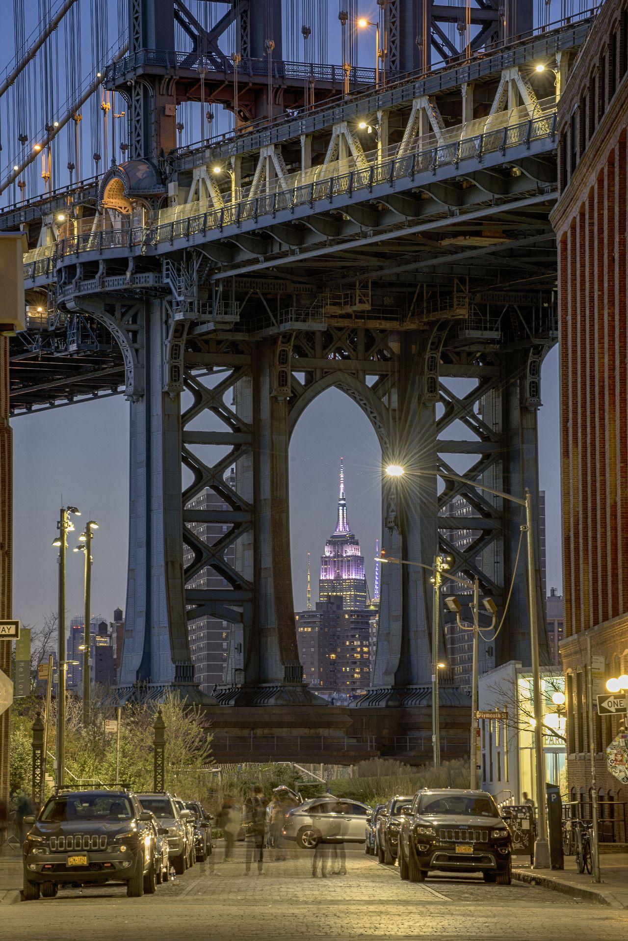 75e2a82b Dumbo (acronyme de Down Under the Manhattan Bridge Overpass, est un  quartier historique de Brooklyn)Brooklyn Bridge, Brooklyn, NYC