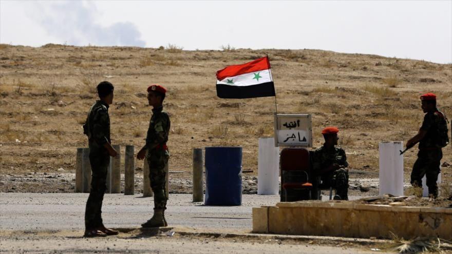 Fuerzas sirias apoyadas por la aviación rusa entran en Al-Mayadin - HispanTV