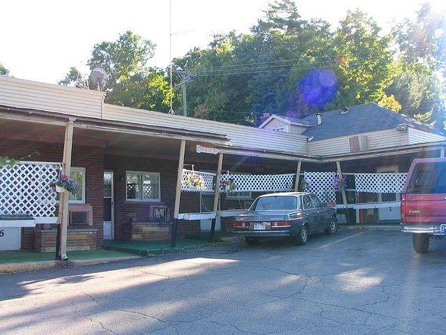 Romeo Michigan La Juliette Motel