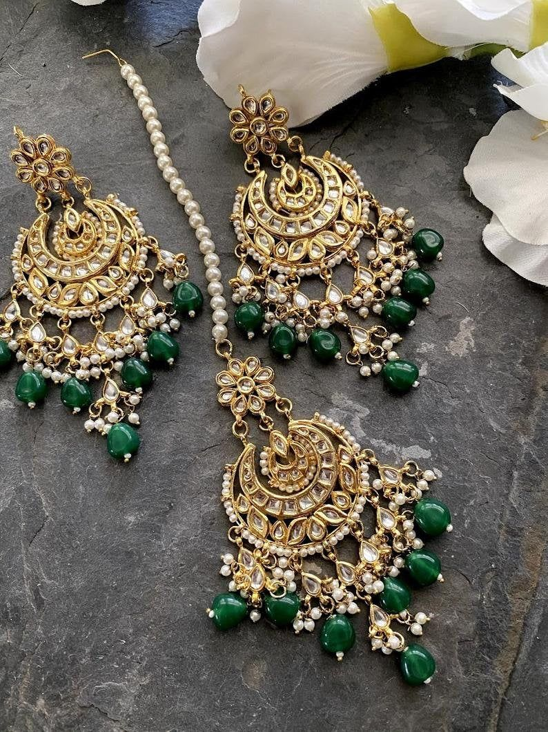 Kundan tikka and earrings set /green mang tikka se