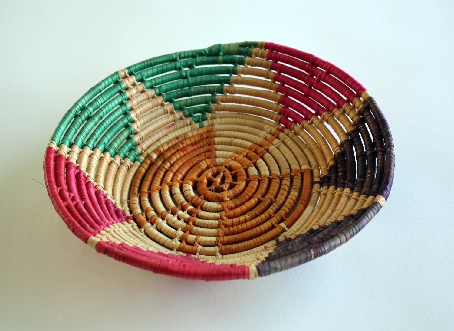 Vintage Mexican Style Basket by Vintonius on Etsy, $12.00