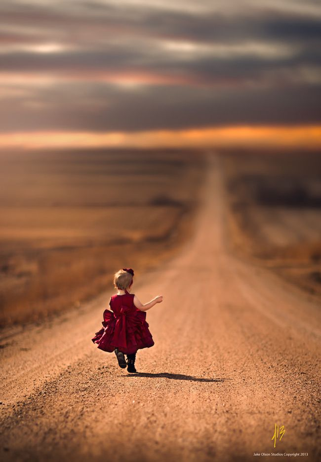 The beautiful backdrop of the Nebraska countryside with a touch of golden light is the perfect backdrop to showcase the frivolity and innocence only seen in childhood as photographed by Jake Olson.