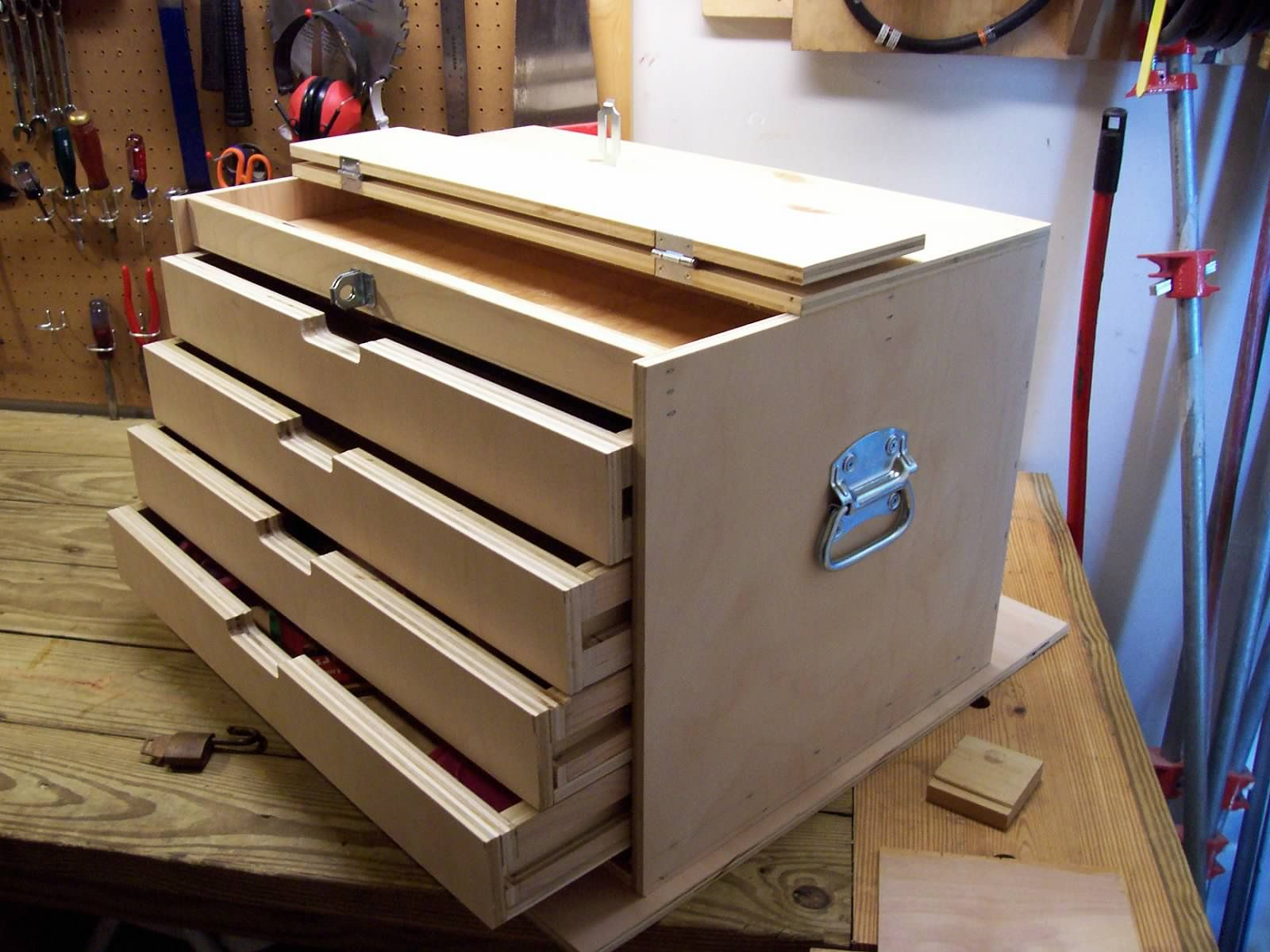 How To Build A Wood Tool Cabinet Chests Diy Wood Tool Box