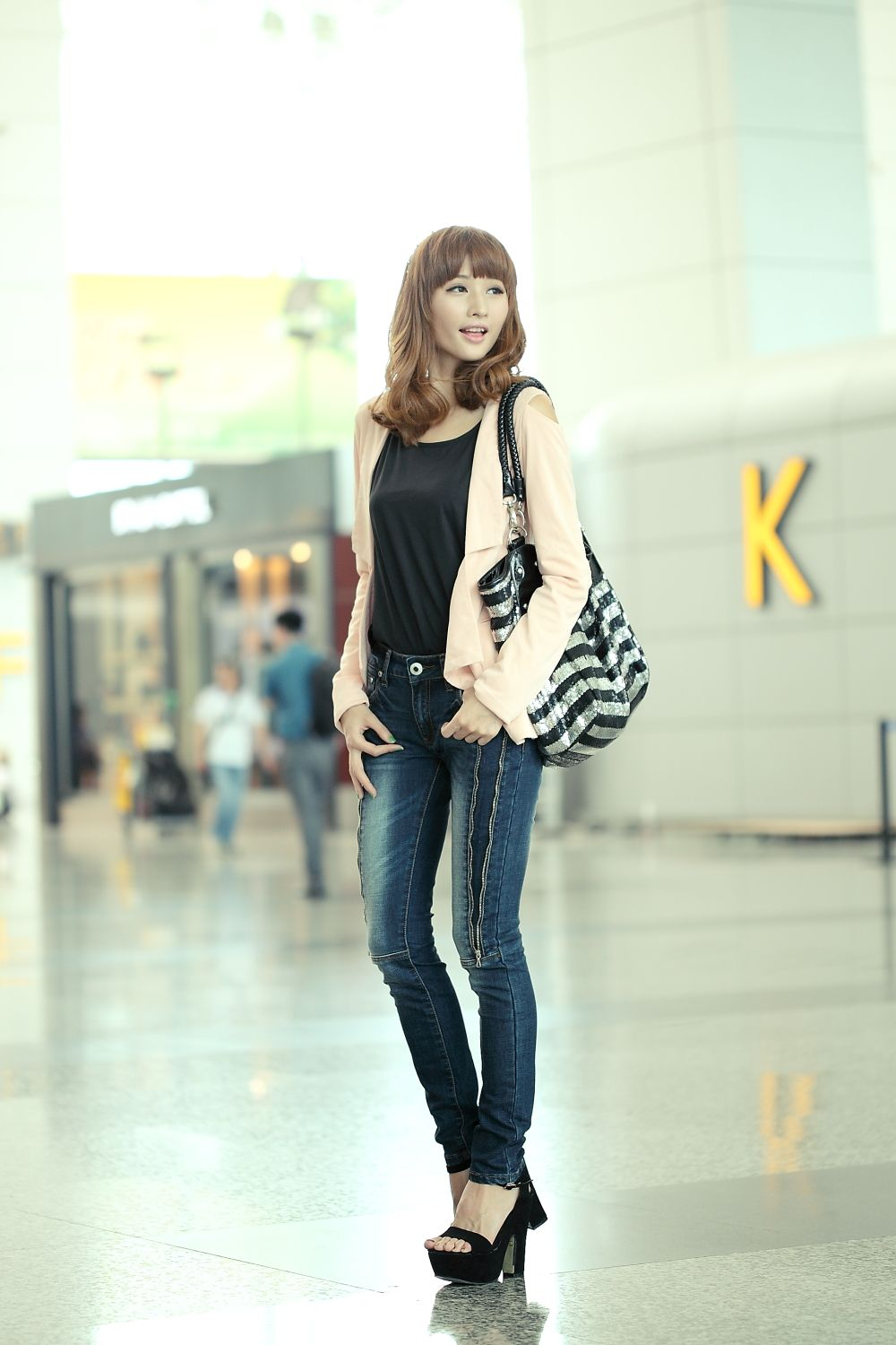 Woman Jeans by HLM