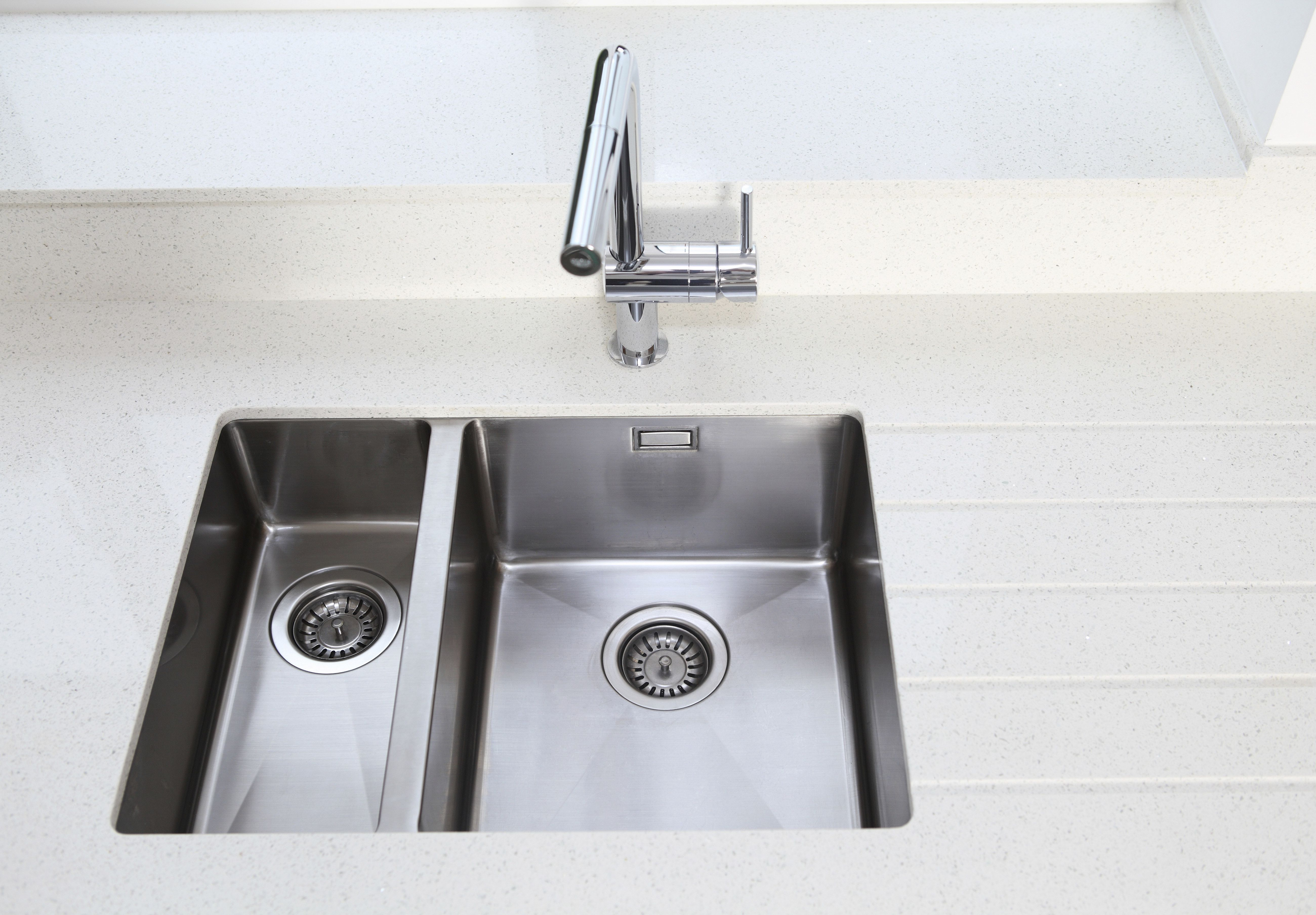 Drop In Vs Undermount Kitchen Sink Pros And Cons Cleaning Painted Walls Cleaning Hacks Clean Baking Pans