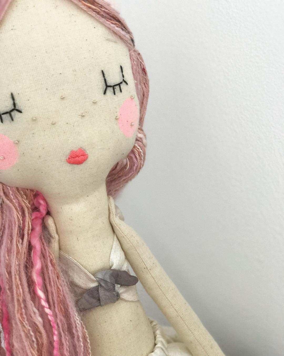 pink hair don't care!  happy Monday everyone x  #velvetrainbowsboutique #pink #pinkhair #instadoll #heirloomdoll #clothdoll #forkids #handmadetoys #handmadegifts #embroidery #nurserydecor #etsy #etsyuk #interior #decor #girlsroom #kidsplay #mamablogger #blogger