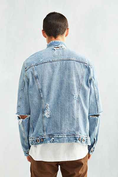 45e05a7d Levis Destroyed Denim Trucker Jacket - Urban Outfitters | Style ...