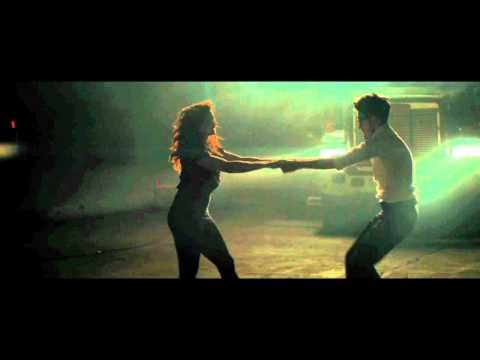 'Night By Night' Chromeo [OFFICIAL VIDEO] - YouTube
