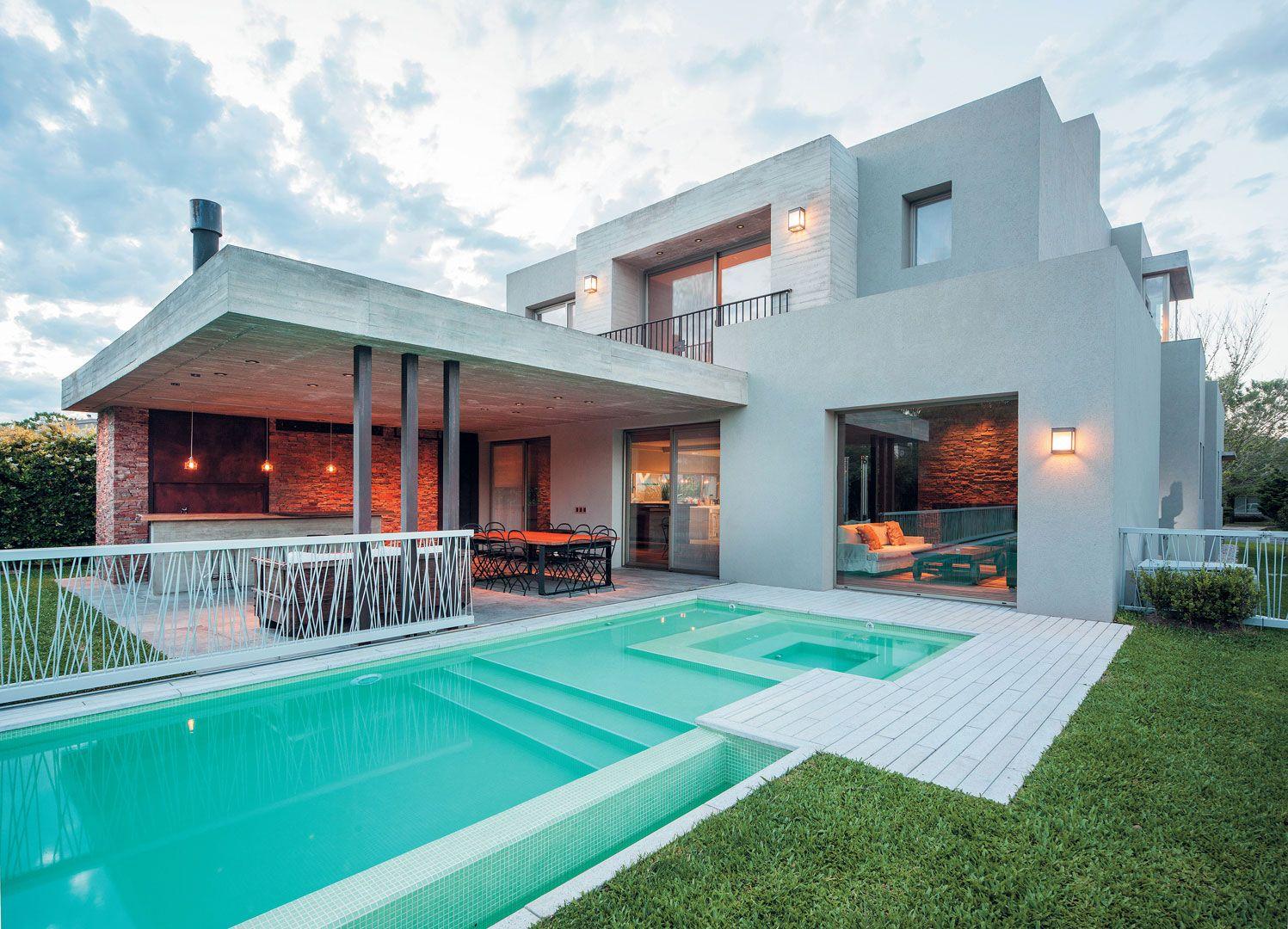 Estudio gamboa casa csz astonishing contemporary for Casa moderna quincho