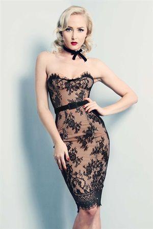 pin en vintage dresses ️
