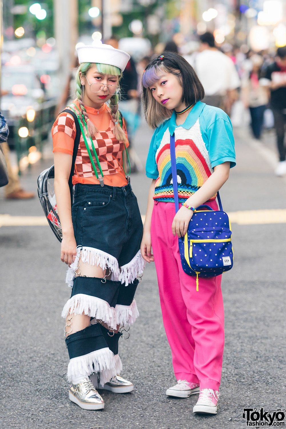 f8e9d406c5d Harajuku Girls in Colorful Street Fashion   Alien Bag w  Romantic Standard