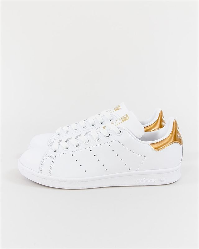 bc56d37ab00 adidas Originals Stan Smith W - BB5155 - Footish  If you´re into sneakers