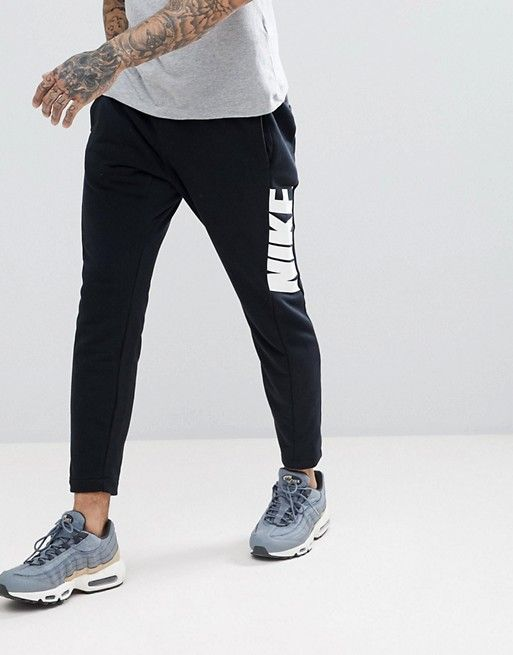 Hybrid Joggers In Tapered Fit In Black 885947-010 - Black Nike Outlet Clearance Outlet 100% Original Buy Cheap Comfortable EUwo0EWumV