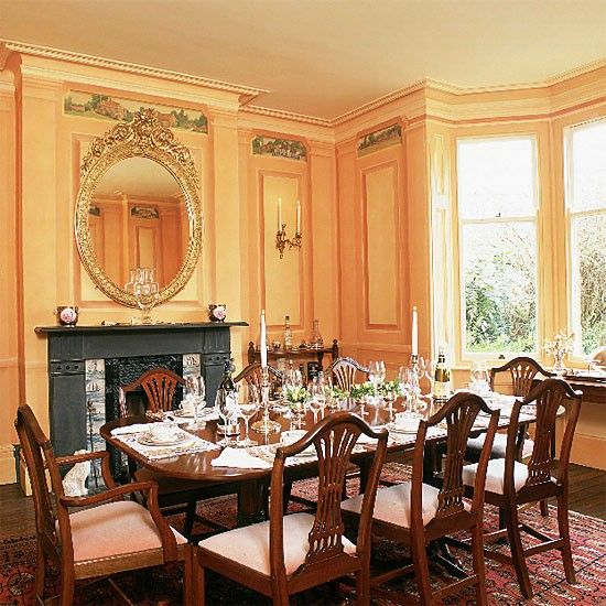 Formal victorian dining room victorian dining rooms Victorian dining room colors