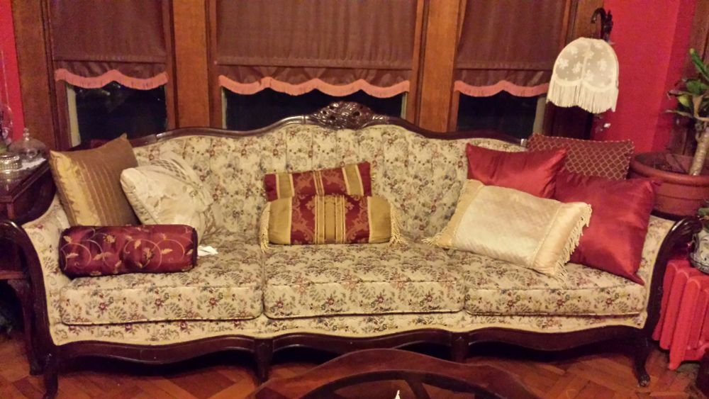 Antique Sofa By Kimball Queen Anne Style Reproduction Forliving Room Parlor Queenannestyle