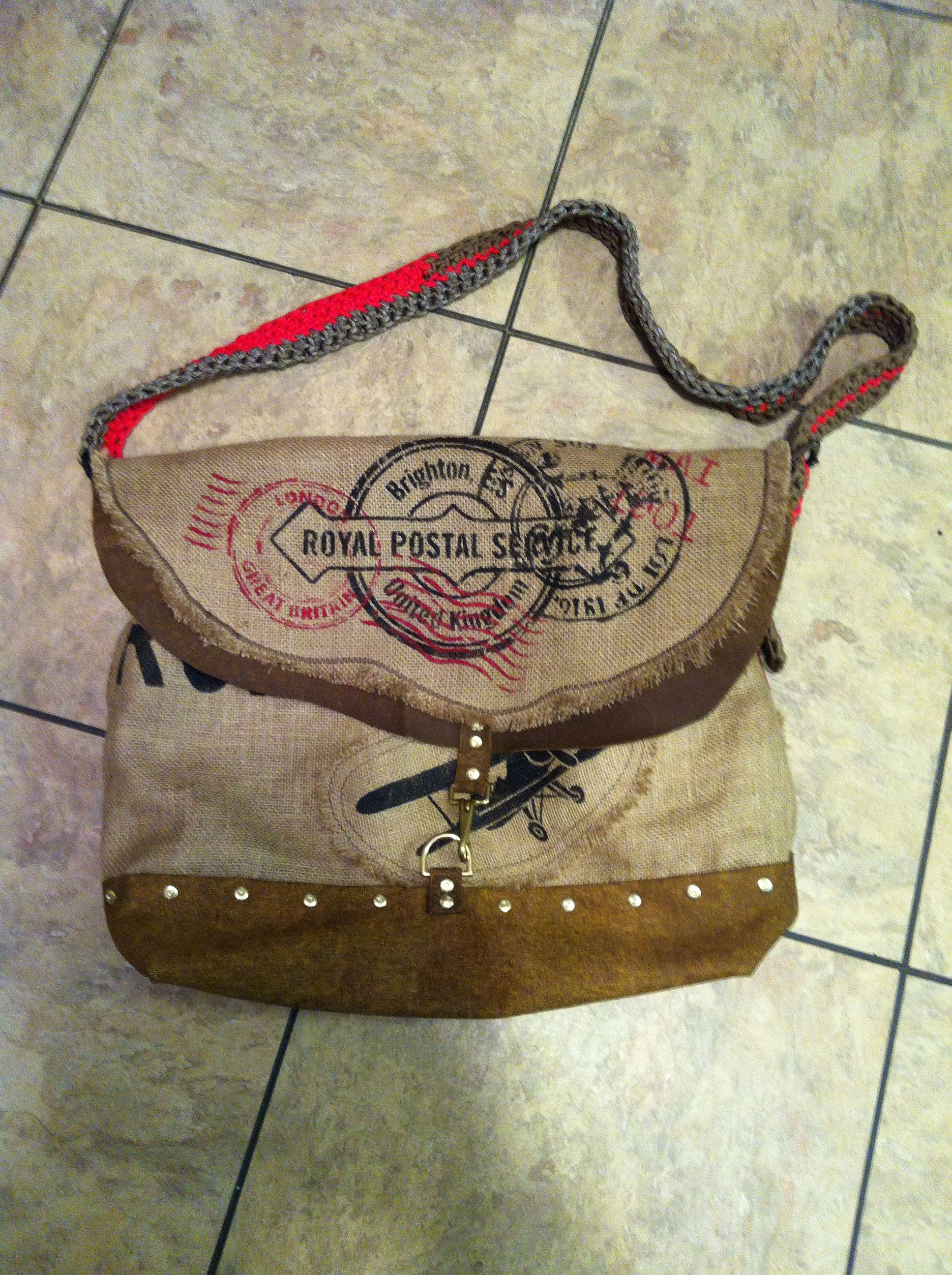 Leather flight bag with woven para cord 550 strap