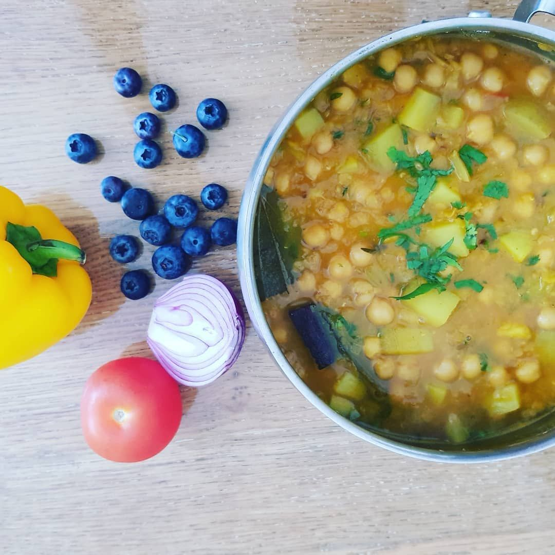 Chana dhal is full of protein  energy and tastes delicious. You can choose  to have it with your daily  carb or just have it on it's own like a soup either  tastes just as good.  #foodie #yummy #dinner #cooking #sultanascuts #homecooking #lovefood #dinnerideas #picoftheday #familydinner #chef #organic #yummy #mouthwatering #youarewhatyoueat #green #ingredients #cooking #greenfingers #lovetoeat #mealprep #family #meal #potato #salad #platters #gatherandfeast #foodtruck #inspiration #goodfood #tas