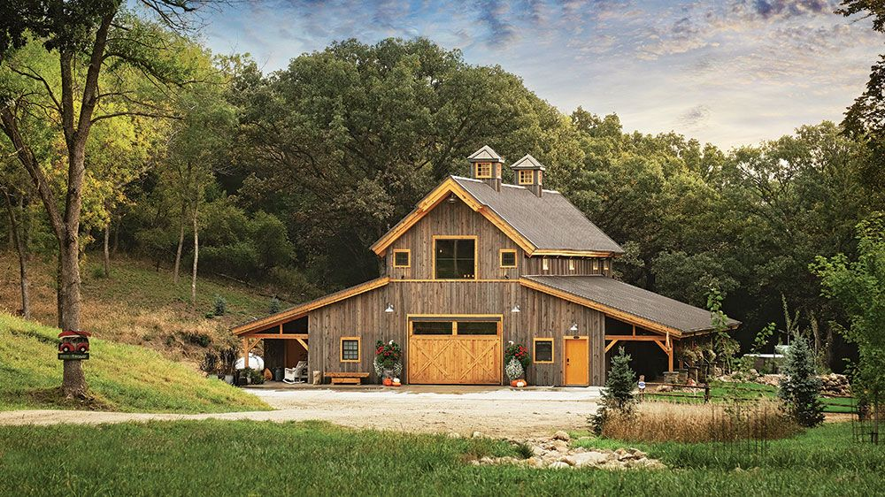 This Barn Style Timber Frame Is An Entertainer S Dream Barn Style House Modern House Exterior House Designs Exterior