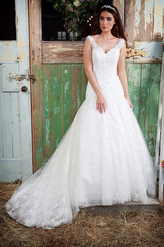 Mermaid Wedding Dresses Isobel Is A Lovely Lace Fishtail Gown Which Sits Neat On The Hips And Then With