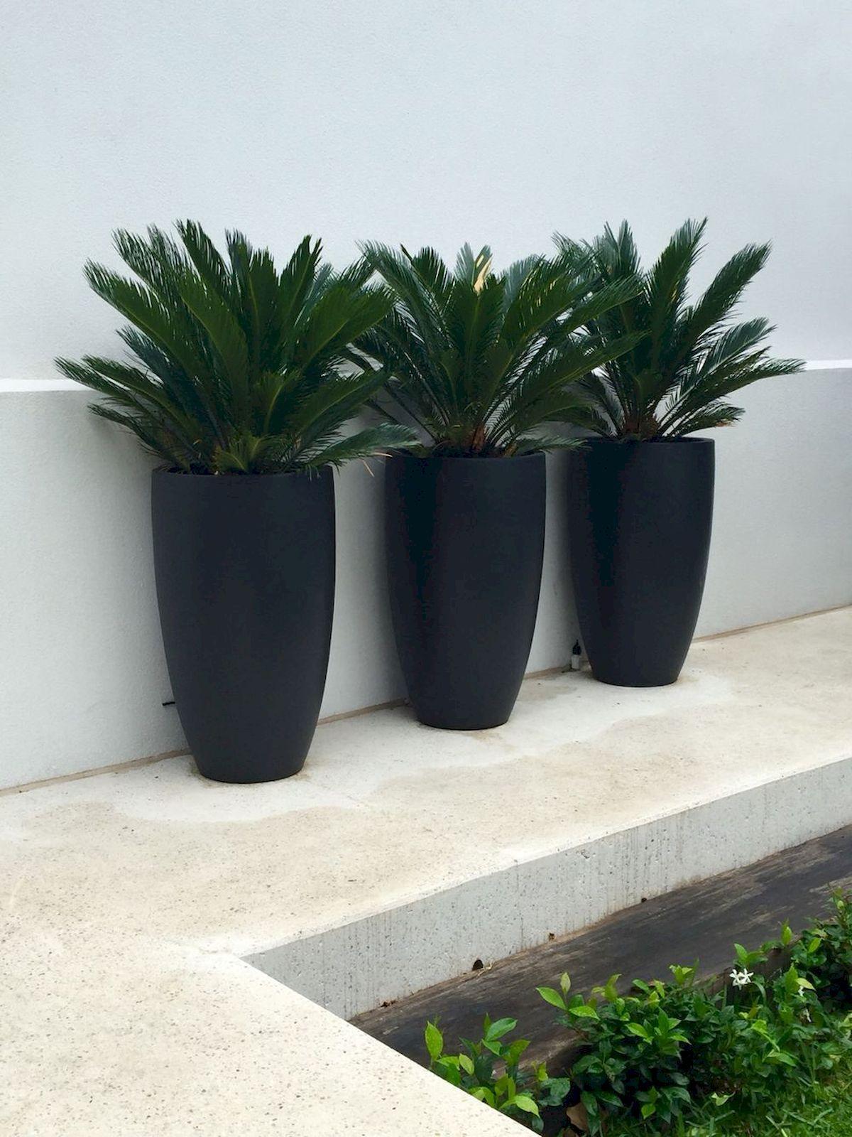 unique modern precast planters to make your outdoors stylish rh pinterest com