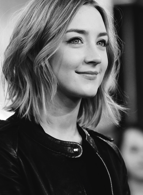 Saoirse Ronan Short Shaggy Bob Hairstyles Medium Length Hair Styles Short Hair Styles