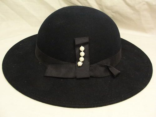 Vintage Womens 1960 s Navy Blue Wool Felt Wide Brim Fedora Hat w Pearls Mr  Field  38582854334d
